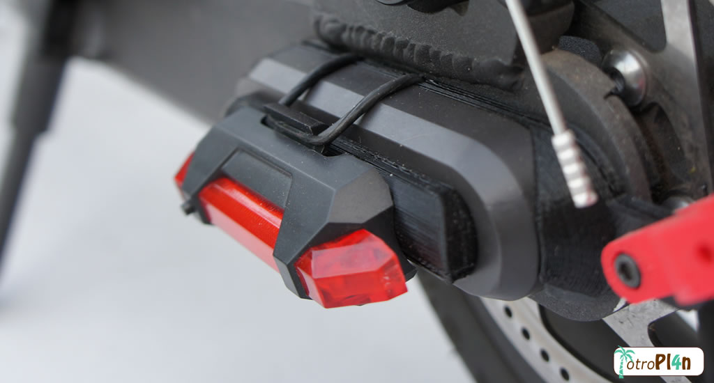 M365 Pro Luz Trasera Horizontal Guardabarro Xiaomi M365